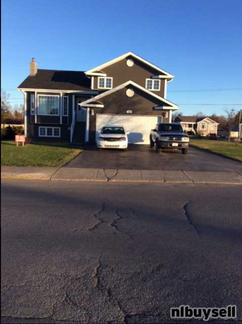 Tri-Level House For SALE