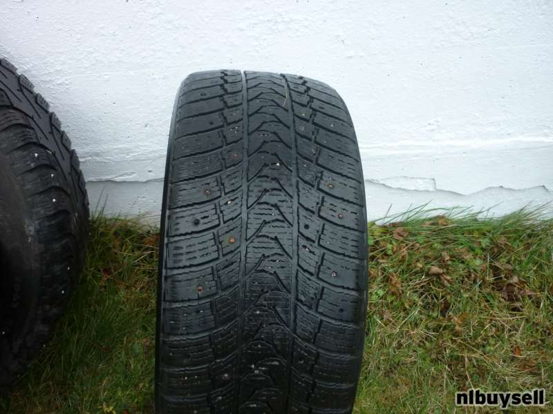 1 19IN. CONTINENTAL CONTACT WINTER TIRE P255/50R19
