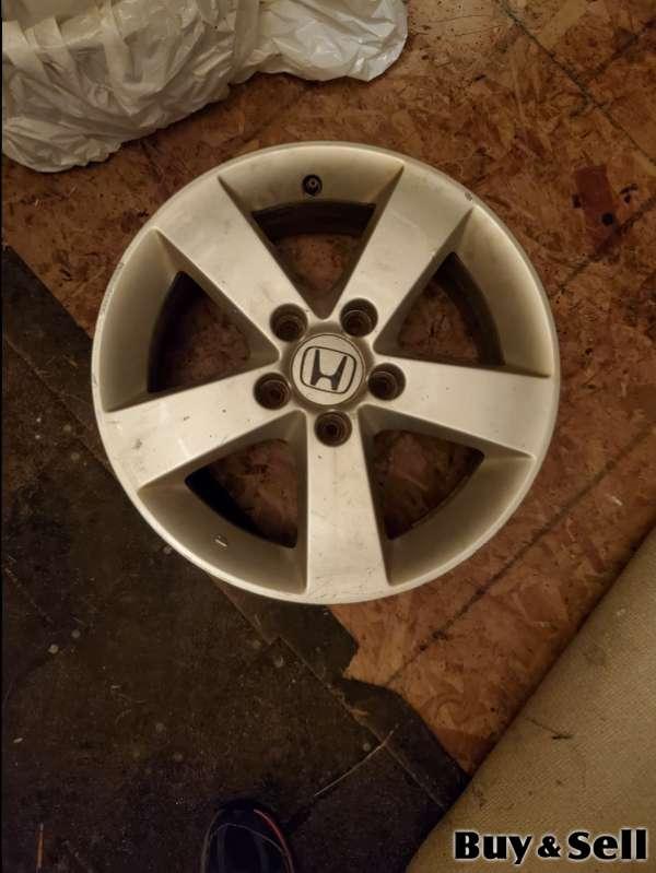 16 inch Honda alloy rims (set of 4)