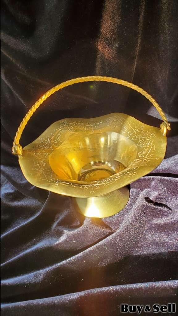 Assorted Brassware