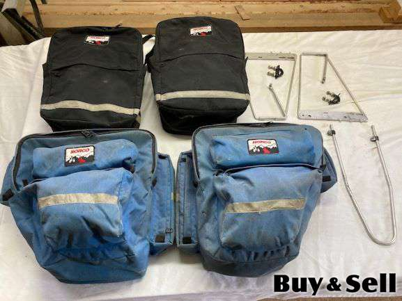 Bicycle bags / Panniers