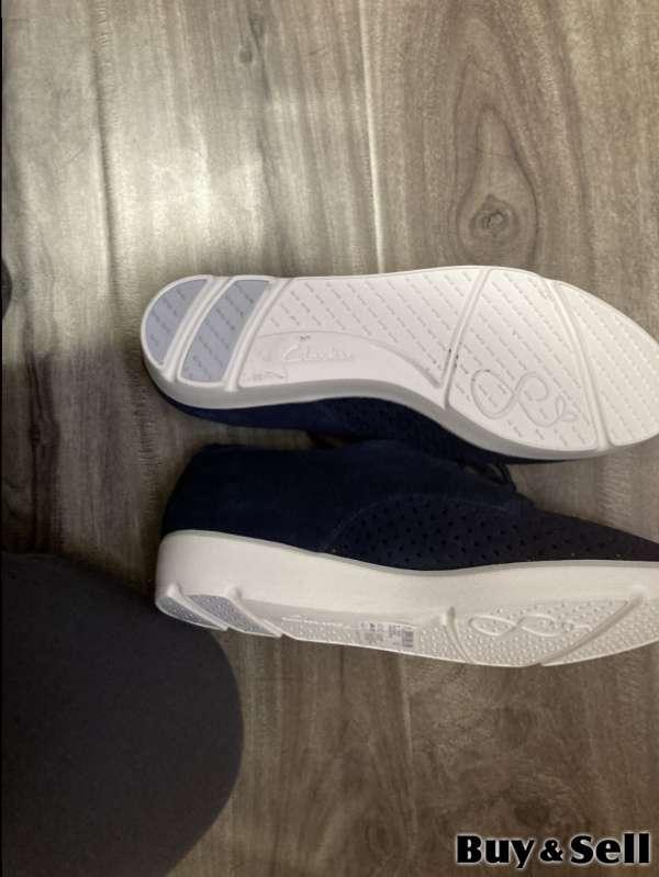 Clarke's women's size 6 shoe