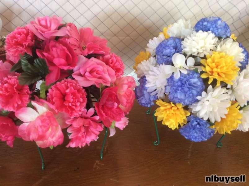 HEADSTONE Saddle Flowers, ...