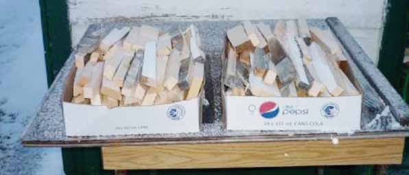 BOXES OF WOOD SPLITS