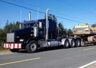 2016 Kenworth T800 Heavy Hauler with Lift axle