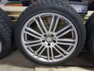 "19"" 5 Tires and 5 Rims 255/40R19100H"