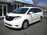 2013 Toyota Sienna LE  - Photo 1 of 15