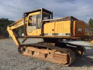 John Deere 690ELC....PARTING OUT