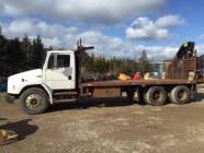 1993 Freightliner FL80 T/A Truck