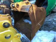"""72"""" H & H Deere 250 / 290 Clean Up Excavator Bucket"""