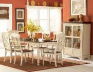 5 Piece Solid Wood Dining Set in an Antique