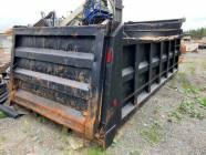 16 Ft Dump Box and Hoist