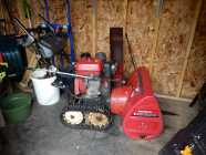 Honda 9/28 Trak Driven Snow Blower