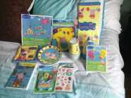 Birthday package: hats, tablecloth, plates, cups, candles, ...