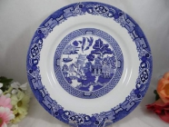 Looking for Blue Willow Bowls and side plate
