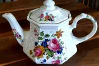 Vintage 1960 Sadler England Teapot